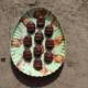 Schoko-Erdnuss-Energiekugeln|Schoko-Erdnuß-Energiebällchen|Snickers-Kugeln|Energiekugeln|Energiebällchen|Energyballs|gesunde Süßigkeiten|gesunde Ostereier|gesund naschen|industriezuckerfrei|zuckerfrei|zuckerfreie Ostereier|unverpacktes Osterfest|unverpacktes Ostern|vegan|vegane Ostereier|